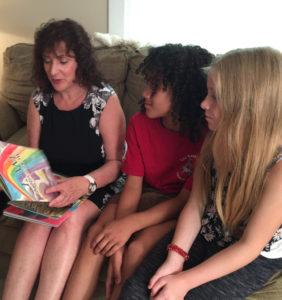Roseanne D'Erasmo Script reads her book I AM a Rainbow
